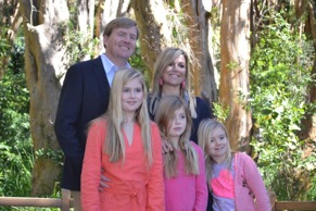 La Familia Real en el Bosque de Arrayanes .... donde Wal Dysney creo a Bamby...